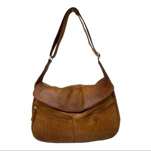 Wilson's Leather Pelle studio leather shoulderbag